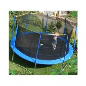 trampolina z siatką